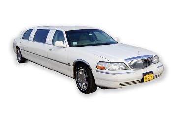 Lincoln Towncar blanche - limousine Krystal